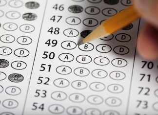 what is the difference between gmat and gre